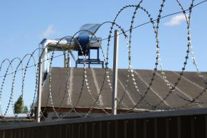 Kayman flat barbed wire obstacle